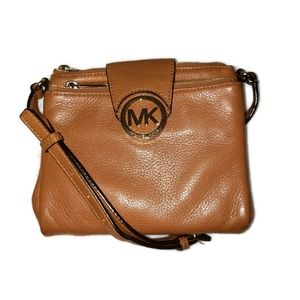 Michael Kors Crossbody Brown Leather multipocketed expandable hand bag wallet